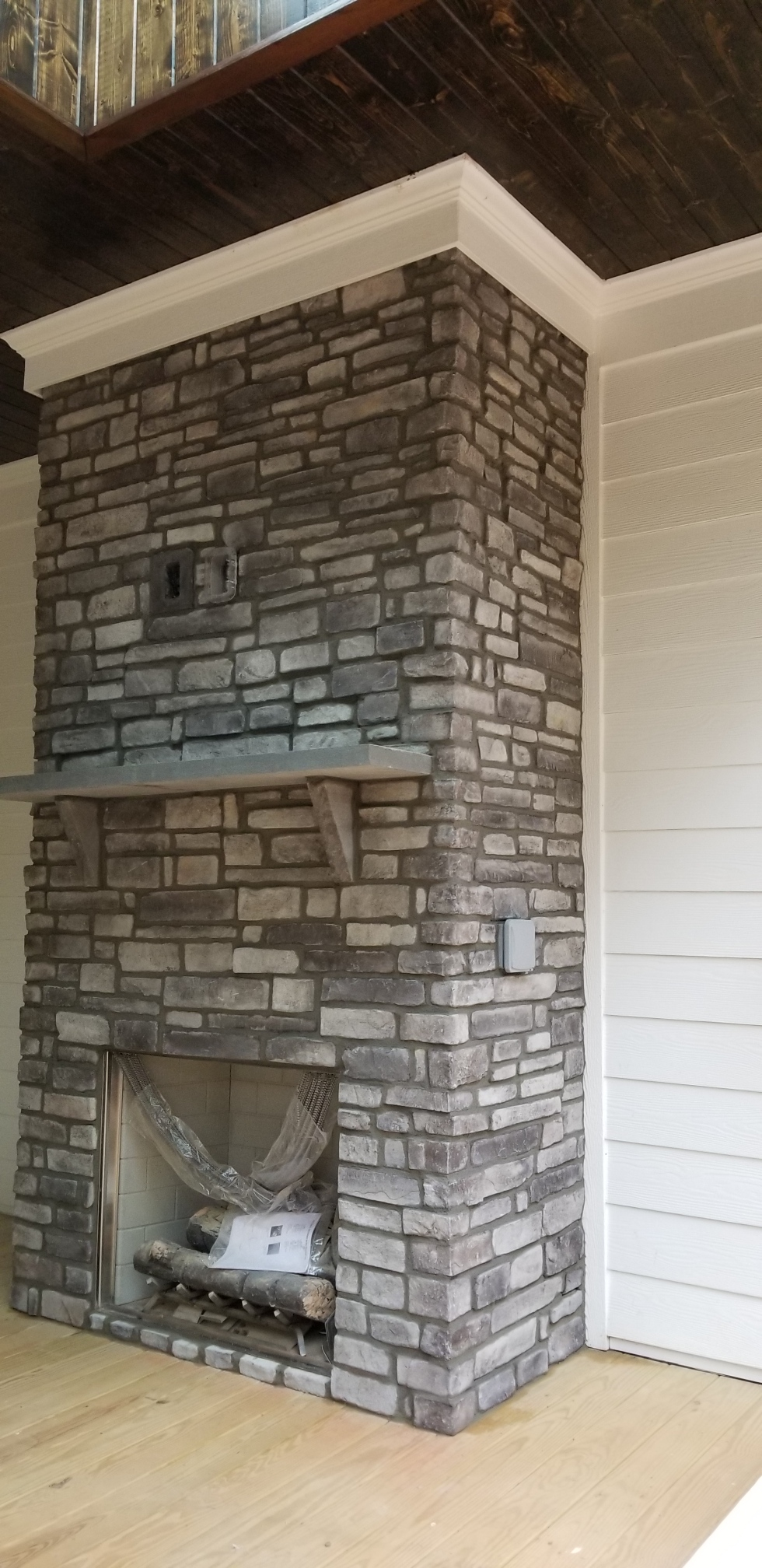Norris Gray Stack with grout joint